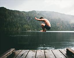 What's your investing style – dipping in or taking the plunge?
